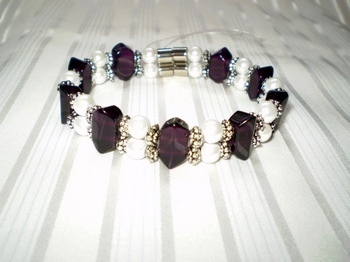 Woman Double 21.1: Amethyst Faceted Crystal + Round Pearl Magnetic Hematite Beads