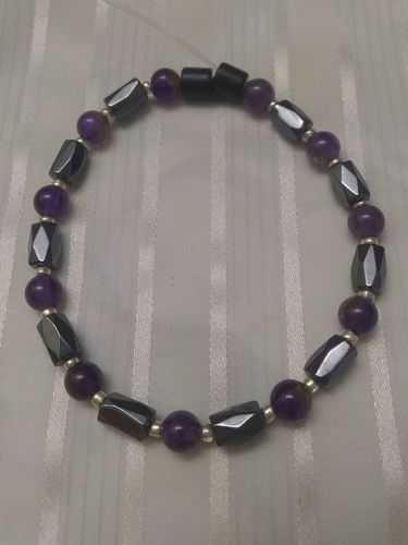 Woman Single 34.21: Amethyst + Hex Magnetic Hematite