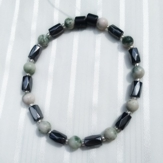 Woman Single 35.31: Jasper Green Lace + Hex Magnetic Hematite