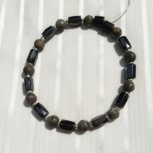 Woman Single 35.51: Jasper Grey Leopard + Hex  Magnetic Hematite